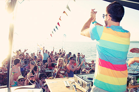 First boat party